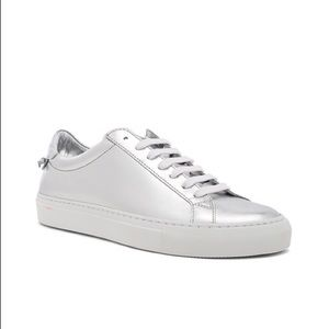 ✨ GIVENCHY Urban Street Silver Sneakers ✨